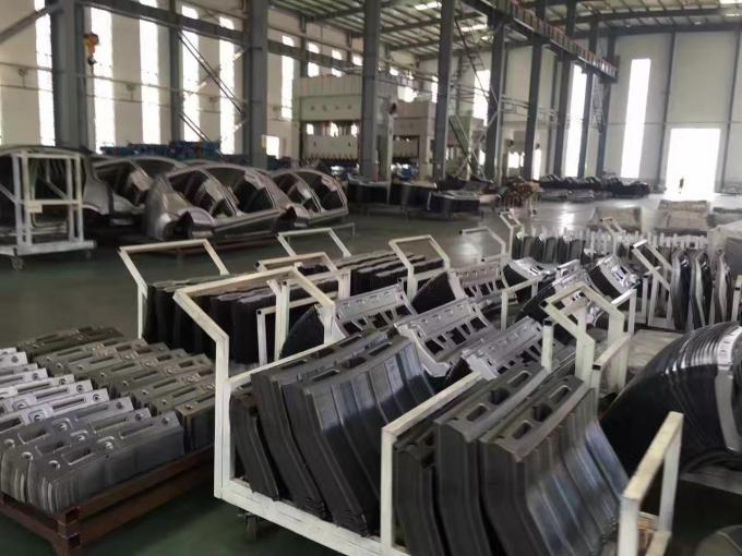 Heavy Duty 1500T Hydraulic Deep Drawing Press Machine For Stamping PLC Control