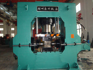 China Auto 200 Ton Hydraulic Extrusion Press For Copper Tee Elbow Plumbing HY33 supplier